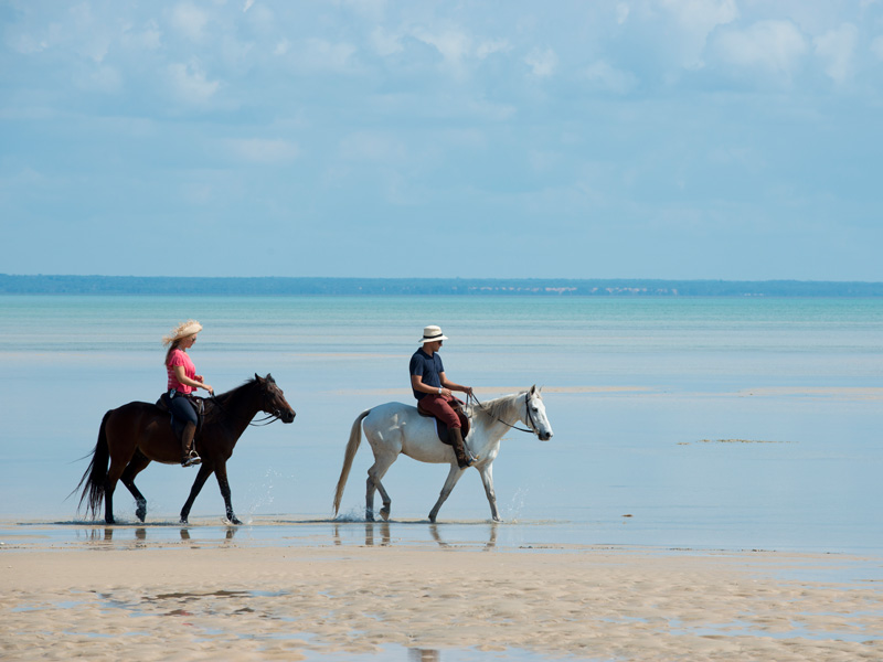 Horse safaris at Benguerra Island