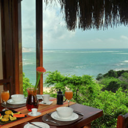 Machangulo Beach Lodge Breakfast with Seaview