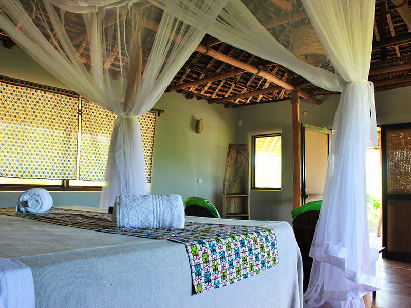 Nuarro Chalet 12 bed and front