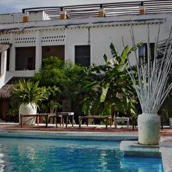 Hotel Escondidinho Pool View
