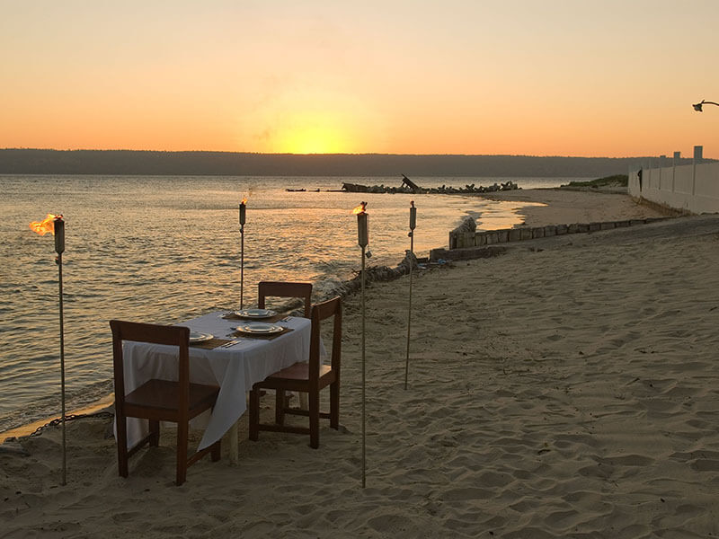 Castelo do Mar Dinner on beach