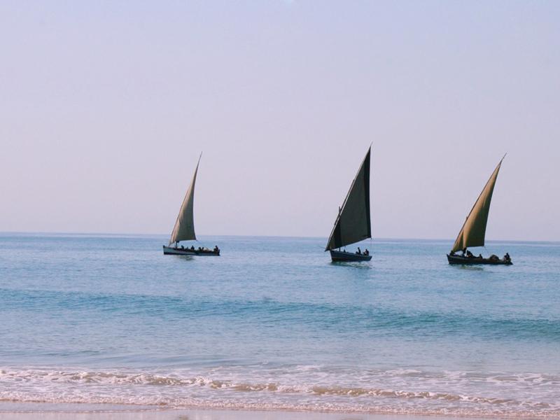 Barra Beach Club Sailing Dhow