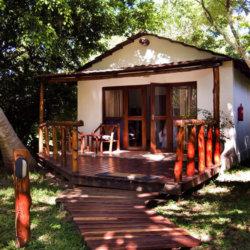 Palmeiras-Lodge-Exterior