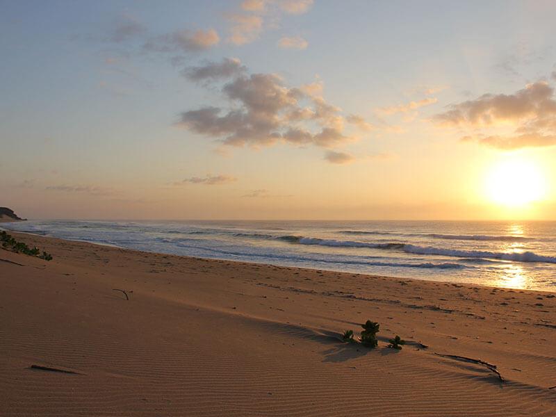 Colina Verde Beach sunrise