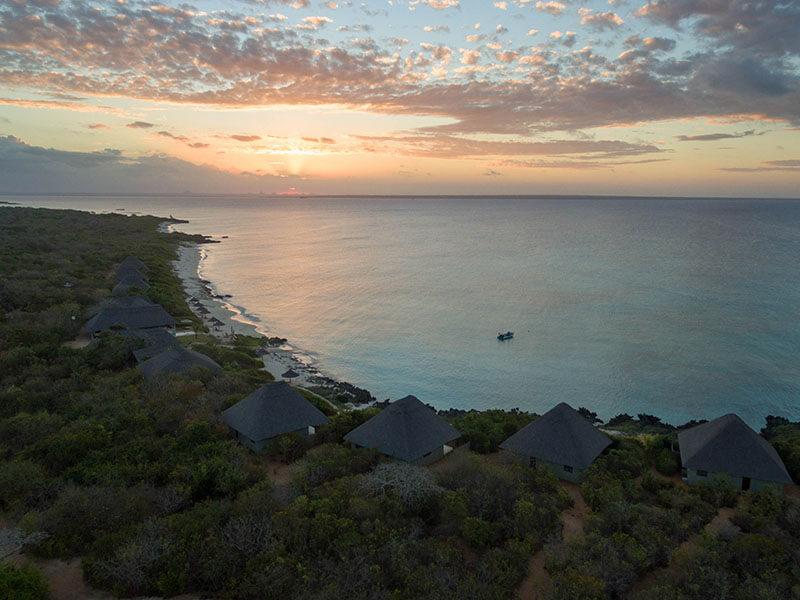 Ossimba Beach Lodge sunrise